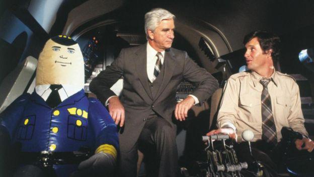 Película ¿Y dónde está el piloto? (1980)