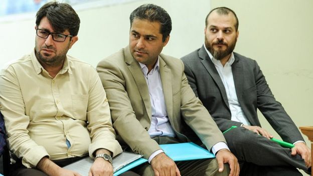 عمار صالحی (نفر اول از راست) فرزند سرلشکر عطالله صالحی فرمانده قبلی ارتش به اتهام