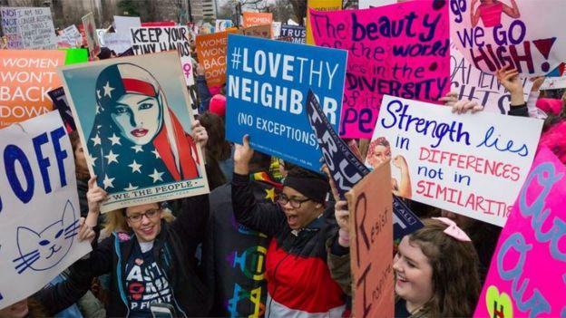 Демонстрация женщин в Вашингтоне, январь 2017 г.