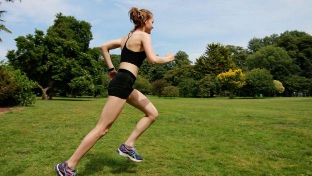 Lara Rebecca running