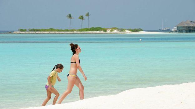 Maldives country profile - BBC News