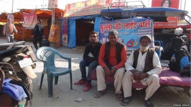 ਮੁਹੰਮਦ ਮਹਿਮੂਦ ਦੀ ਟੀਮ ਵਿੱਚ ਕੇਵਲ ਇੱਕੋ ਮੁਸਲਮਾਨ ਹੈ ਬਾਕੀ ਸਾਰੇ ਹਿੰਦੂ ਹਨ