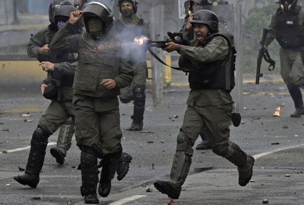 Las protestas han sido duramente reprimidas por la Guardia Nacional y la PNB.