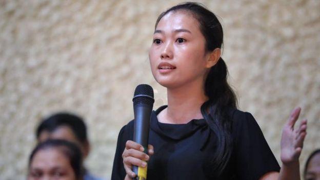 Nguyễn Thùy Dương trong một lần chất vấn các đại biểu quốc hội