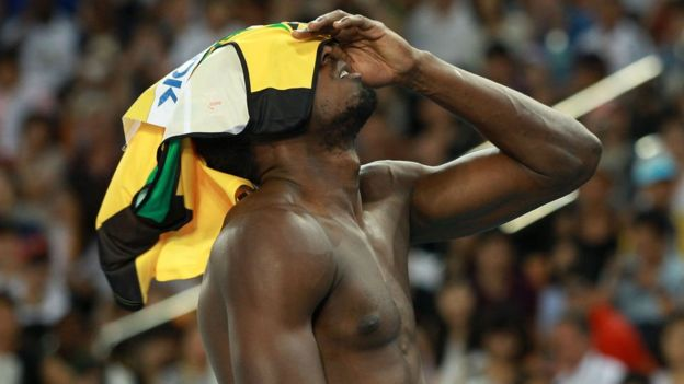 Bolt reacciona tras ser descalificado