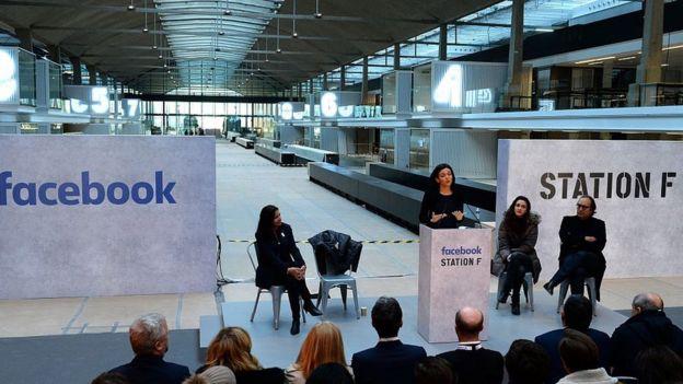 La directora de operaciones de Facebook, Sheryl Sandberg