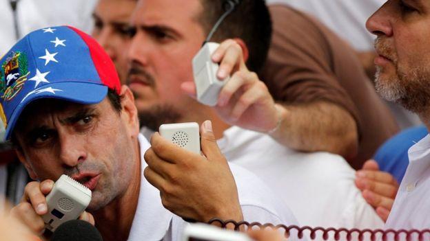 El líder opositor Henrique Capriles calificó el anuncio de Maduro como un
