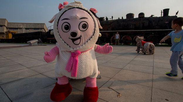 得益於限外令,中國國產動畫片《喜羊羊與灰太狼》在中國電視頻道大行其道。