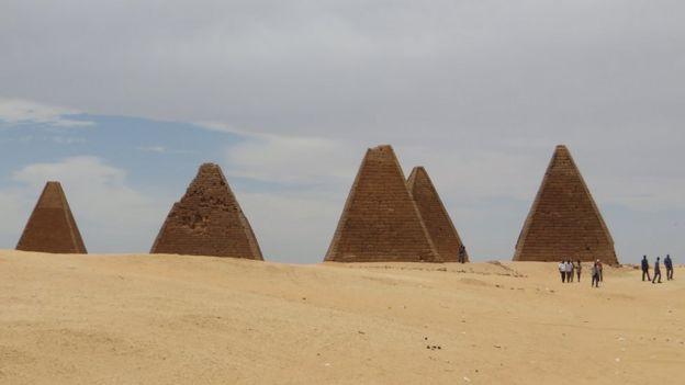 Pirâmides do Reino Kush, no Sudão