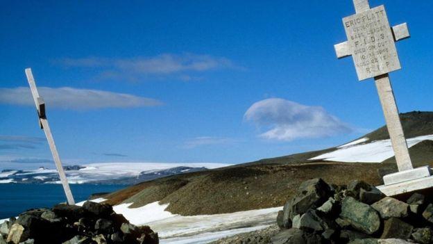 Cruces en la Antártica