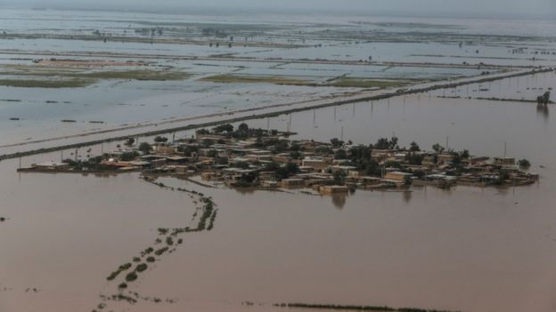 Rising floodwaters force more evacuations in Iran