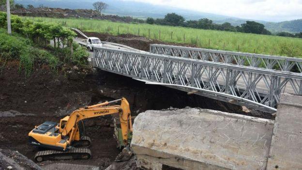 Reparación de puente.