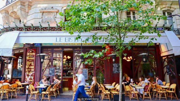 Văn hóa bistro của Paris là trung tâm của một chiến dịch nổi tiếng để được chấp nhận là Di Sản Văn Hóa Phi Vật Thể của Unesco.