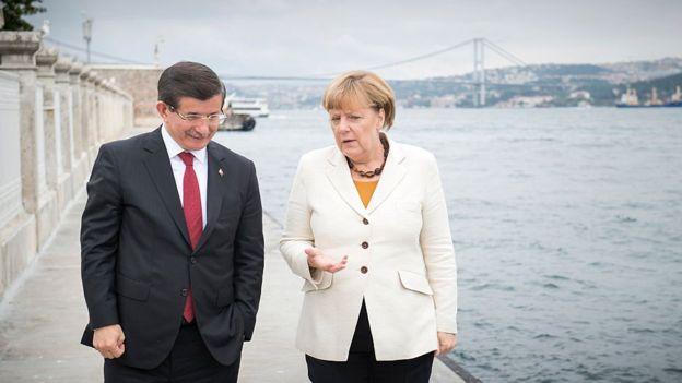 Ahmet Davutoğlu, Angeka Merkel