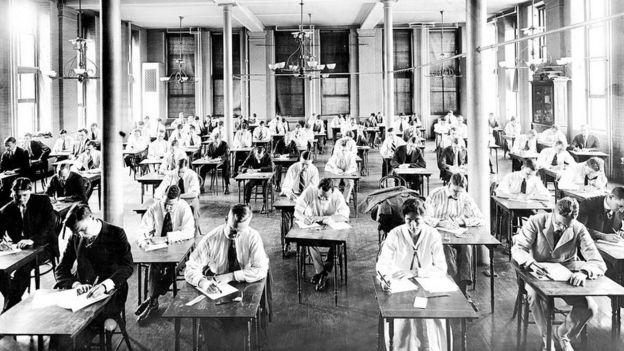 1950'lerin John Hopkins Üniversitesi'nden öğrenciler