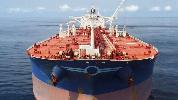 مضيق هرمز منطقة حيوية لناقلات النفط