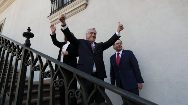 Sebastián Piñera celebra el fallo en La Haya.