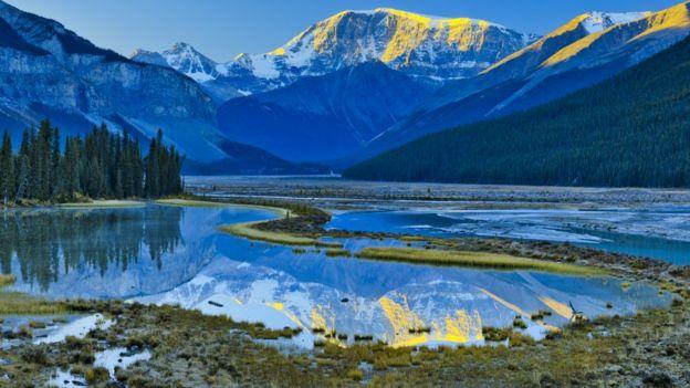 Montanha e lagos