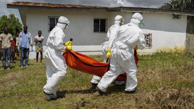 Víctima del ébola