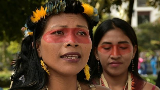 Президент народности ваорани на митинге в Эквадоре