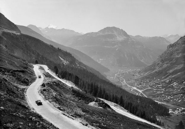 The road from Val d'Isère to the Col de l'Iseran (1939)