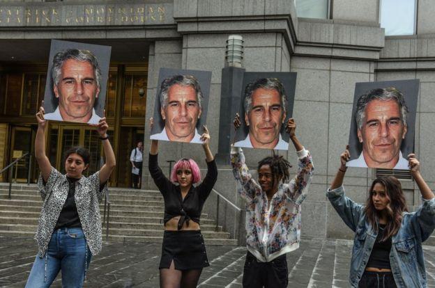معترضان گروه