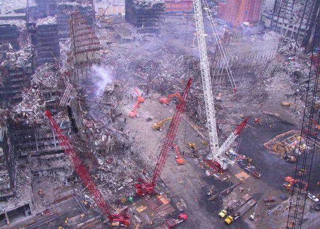நியூயார்க் 9/11 இரட்டை கோபுரத் தாக்குதல்
