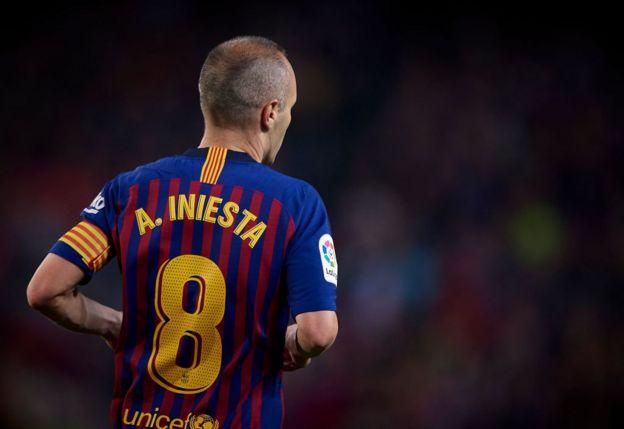 La salida de Andrés Iniesta del Barcelona dejó a Lionel Messi como el último sobreviviente de la época más gloriosa del conjunto catalán.