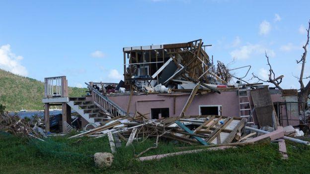 Casa destruída