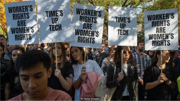 Manifestações de mulheres contra abuso no trabalho