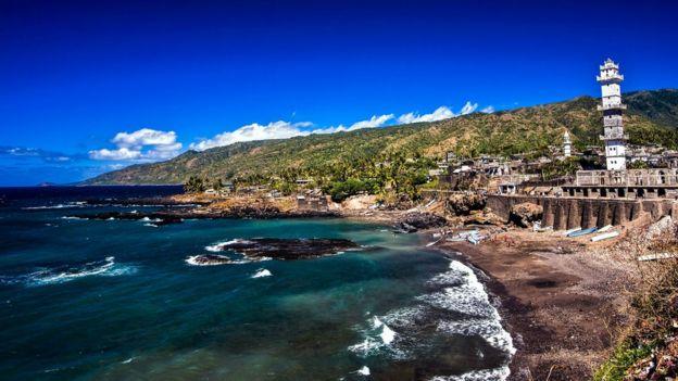 مدينة دوموني في جزر القمر من المواقع الأثرية هناك.