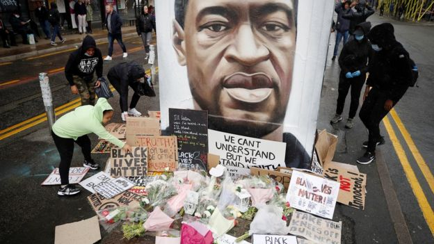 George Floyd death: Thousands turn out for UK anti-racism protests _112750171_hi061824741