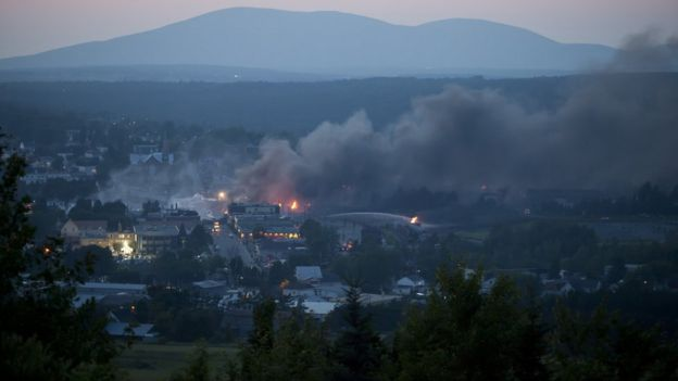 Smoke seen rising from downtown Lac-Megantic