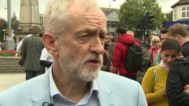 Lãnh đạo đảng Lao động đối lập Jeremy Corbyne