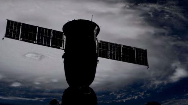 Furacão visto da Estação Espacial Internacional