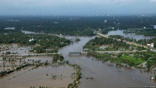 केरल, बाढ़