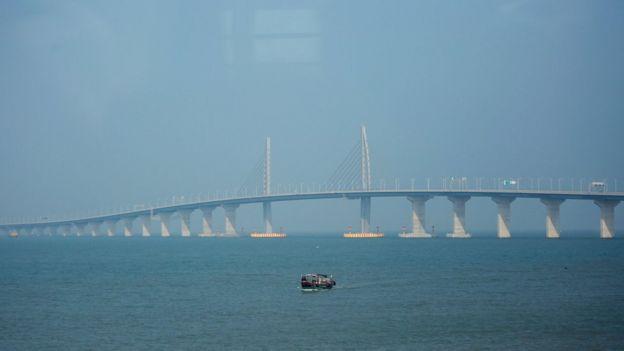 Resultado de imagen para puente mas largo mundo Hong Kong