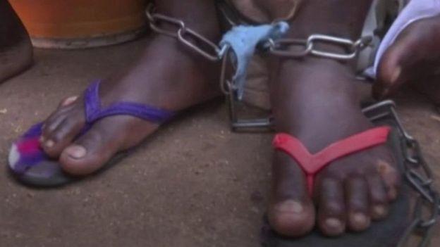 Polisi inasema baadhi ya waliookolewa katika msikiti huo walikuwa wameishi kwenye kituo hicho kwa miaka kadhaa