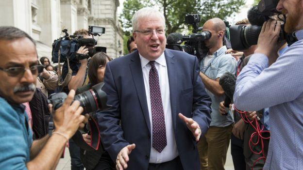 Patrick McLoughlin được bà Theresa May phong cho chức này hồi tháng 7/2016
