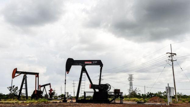 Perfuração de petróleo em Maracaibo