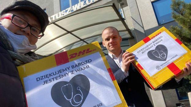 Người Việt ở Ba Lan tham gia giúp đỡ