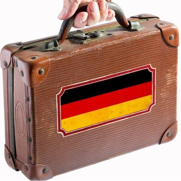 Maleta con la bandera alemana