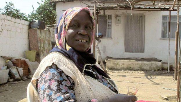 Afro Türk kadın