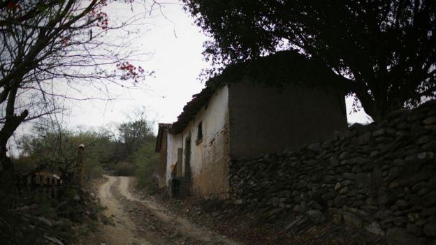Muchas casas abandonadas se encuentran en zonas rurales.