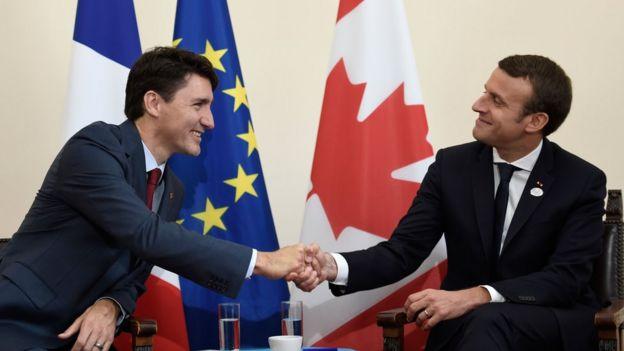 馬克龍(右)和加拿大總理特魯多2017年5月在工業七國集團峰會上