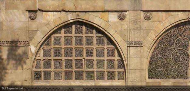 मोदी, अबे, सिदी सईद मस्जिद