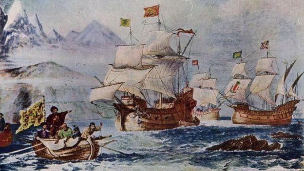 Pintura retratata navios no oceano