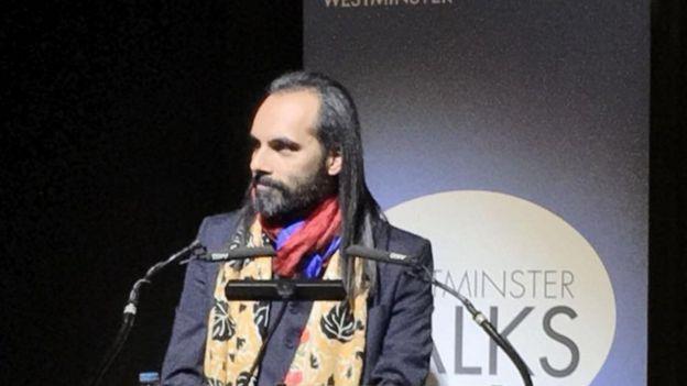 伦敦西敏寺大学政治与国际关系学系主任、中印问题专家迪比亚什·阿南德