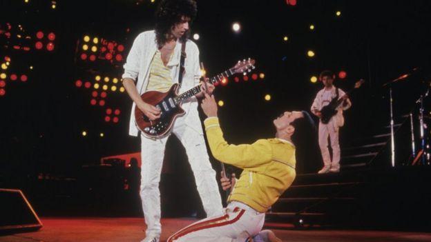 Brian May y Freddie Mercury.