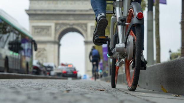 Paris y bicicletas.